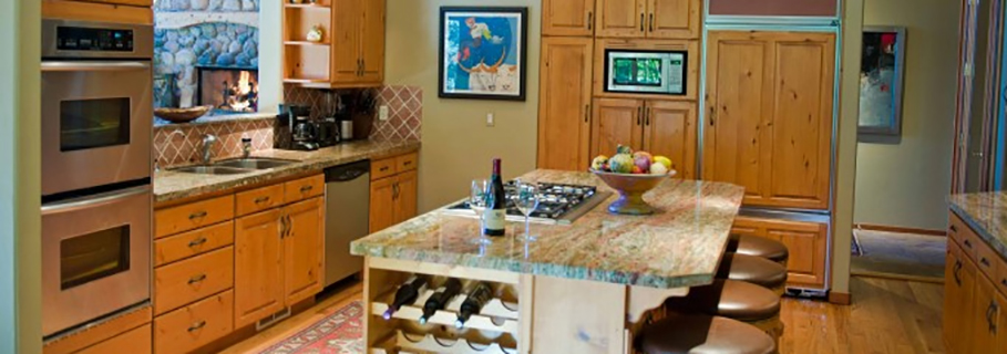Vacation Rental Condominium Kitchen